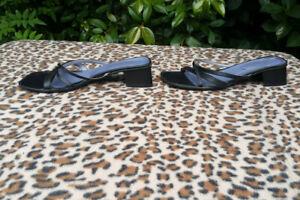 Vintage Black Leather sandals UK 6 EU 39
