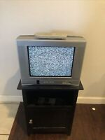 """2002 Toshiba 14AF43 14"""" CRT Retro Gaming Color TV Flat Screen Tested w/ Remote"""