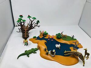 Playmobil 4827 Wasserstelle mit vielen Tieren und Krokodilunterschlupf