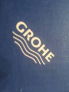 GROHE 40 226 EN0 Kensington Single Robe Hook in Brushed Nickel