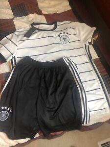 2021 Germany Deutscher Soccer Fussball Bund Shirt Shorts Outfit NEW size Medium