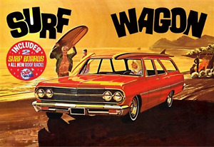 """AMT 1965 Chevelle """"Surf Wagon"""" 1:25 Scale Model Kit"""