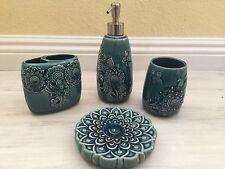 Cynthia Rowley 4PC Bathroom Accessory Set Sculpted Medallion TEAL BLUE