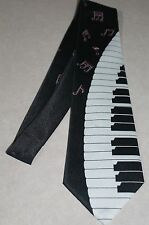 NWT Mens Lot's Of Music Notes Sheet Music Piano Key's On A Black Neck Tie! #87