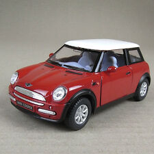 2001 Mini Cooper Die-Cast Collectible Model Car 1:28 Scale Red Opening Doors