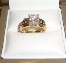 14CT GOLD DIAMONIQUE RING