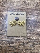 Bow Stud Earings Gold Fashion Costume Jewelry Brand New
