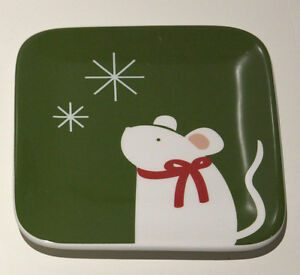 TAG Holiday White Bird Mouse Red Green Glass Appetizer Plates, Set of 2 NWTIB