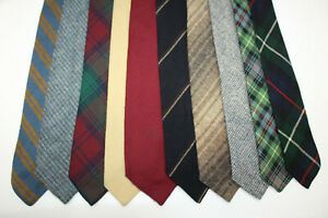 LOT OF 10 WOOL TIES MADE IN SCOTLAND. F8661