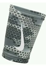 NIKE Pro Hunt 2.0 Doublewide Wristbands GRAY/Camouflage Unisex OSFM 1 Pair