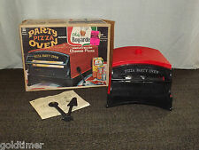 VINTAGE TOY 1967 CHEF BOYARDEE PIZZA PARTY OVEN PLAYSET IN BOX
