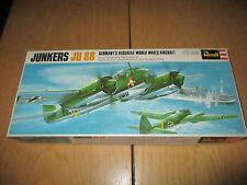 Revell - Junkers Ju 88 - Kit di costruzione - 1:72