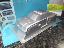 Venom Ven-4427s Silver Poly Carbonate 1/20 Body Shell Mini Giant w/ Decals M.G.