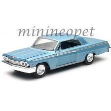NEW RAY 71843 CITY CRUIZER 1962 CHEVROLET IMPALA SS 1/24 DIECAST CAR LIGHT BLUE