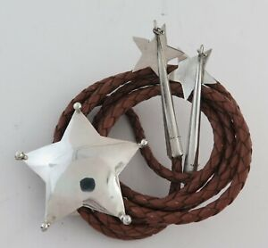 Sterling Silver Star Shaped Southwestern Bolo Tie with Dangling Star Tips
