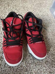 Red air jordan Size 5y