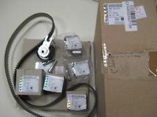 Opel Zafira B C 1.8 Courroie De Distribution /& Pompe à eau Kit 2005 sur Set Gates 1334142 nouveau