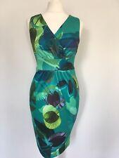 CLOSET LONDON SIZE 8 Green Tropical Leaf Print V Neck Pencil Dress Flattering