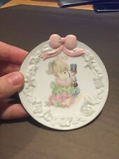 """Enesco Precious Moments 2001 Saucer/Plate """"May Your Christmas Begin With a Bang"""""""