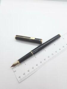 Vtg black gt Pilot Custom Fountain Pen - 14k F nib - Japan