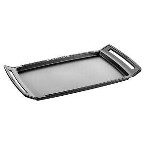 Staub Cast Iron 18.5 x 9.8-inch Plancha/Double Burner Griddle