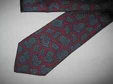 Mens Red Blue Paisley Silk Tie Necktie Oakton~ FREE US SHIP (4686)