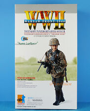 DRAGON 1:6 FIGURE WW2 GERMAN SOLDIER PANZERGRENADIER MP40 OFFICER WARSAW 70818