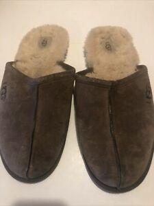 UGG MENS SCUFF SLIPPERS BROWN Men's Size 12/13
