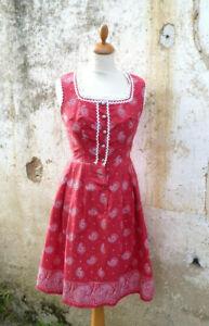 Vintage 1970/70s Austria trachten dirndl folk Prairie dress dark pink paisley