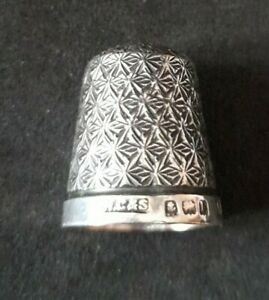 Antique solid sterling silver thimble