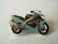 YAMAHA YZF1000R THUNDERACE THUNDER ACE PIN BADGE BLUE/BLACK 575