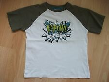 M&CO WHITE/KHAKI KAPOW! TOP TSHIRT AGE 5-6 YEARS - EXCELLENT CONDITION