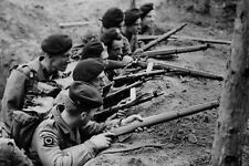 Enmarcado impresión-Tropas británicas durante la guerra coreana 1951 (figura WW1 Segunda Guerra Mundial Art)