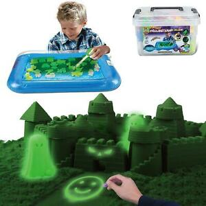 Kids Magic Motion Sand play 25 pieces with Moulds and Tray