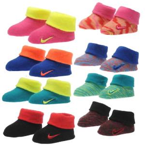 2Paar Nike Baby Set Booties Socken Schuhe Geschenk neugeborene Mädchen Jungen