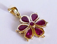 P38 LOVELY 9ct SOLID Yellow Gold NATURAL Ruby DAISY Pendant FLower Blossom