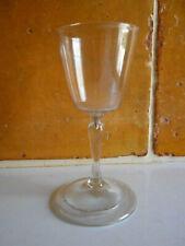 Rare verre a pied a jambe soufflé ancien.XVIII°.(4).