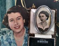 VINTAGE 1950s RARE PRINCESS QUEEN ELIZABETH PRE CORONATION BROOCH PIN COLLECTOR