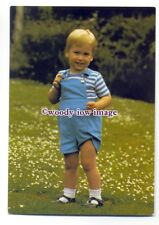 pq0048 - Princess Diana's son Prince William aged 2 - postcard