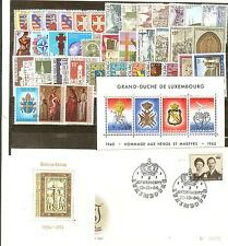 LOT TIMBRES LUXEMBOURG THEMES RELIGION CROIX EGLISES ECT ... COTE € 60