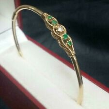 Lady's  New 14k Fine  Yellow Gold Oval Bangle Bracelet Set 4 Emeralds 1 diamond