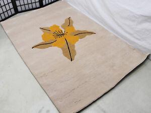 R8277 Gorgeous flower design Tibetan Woolen Rug 4' X 6' hand knotted in Nepal