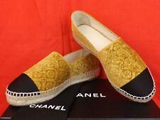 17a CHANEL Gold Velvet Camellia Flower CC Logo Double Sole Espadrilles Flats 40