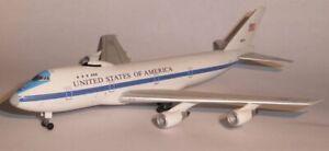 Herpa Wings 529266 U.S.Air Force Boeing 747-E-4B Nightwatch Advanced Airborne