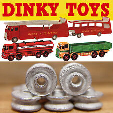 DINKY TOYS LORRY HUBS X 8, WHITE METAL, FOR GUY, BIG BEDFORDS, FODENS