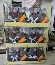 12 x kleine Hasen Figuren Filz Osterhase Ostern Osterdeko Grau Möhren Textil