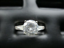 Large circular shaped simulated diamond ring hallmarked 925