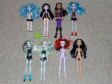 Lot of 8 Monster High Dolls & Some Accessories: School's Out Clawdeen Wolf More