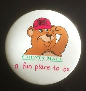 COUNTY MALL CRAWLEY A Fun Place To be Badge c1990  - Bear with Pink Hat