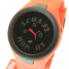 PUMA runde Armbanduhren aus Kunststoff mit Datumsanzeige